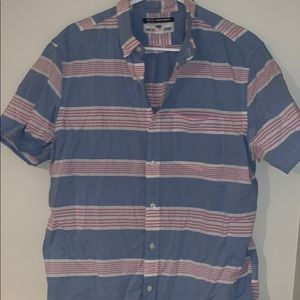 Old navy slim fit button down shirt sleeve size l